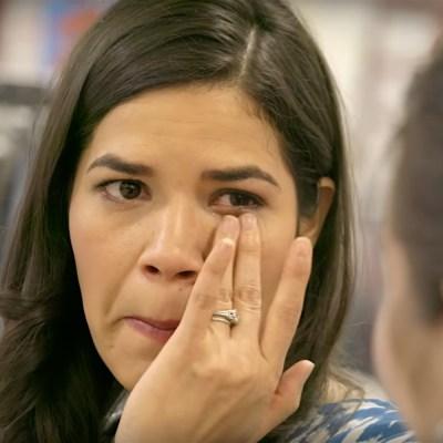 America Ferrera se emociona con la historia de esta familia