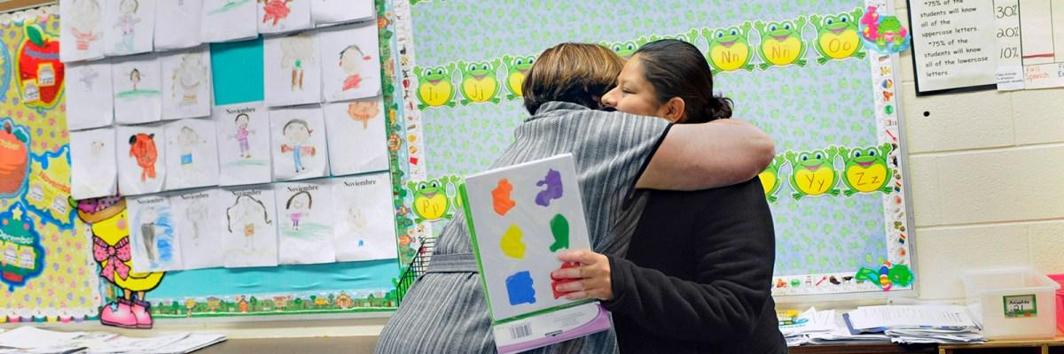 #FuerzaBilingüe: Las escuelas públicas de California enseñarán español