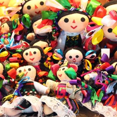 Muñecas María
