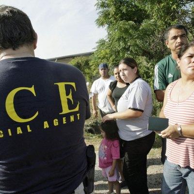 #Sáquese: El 'sheriff' de Houston ya se unió a los que mandaron al diablo a