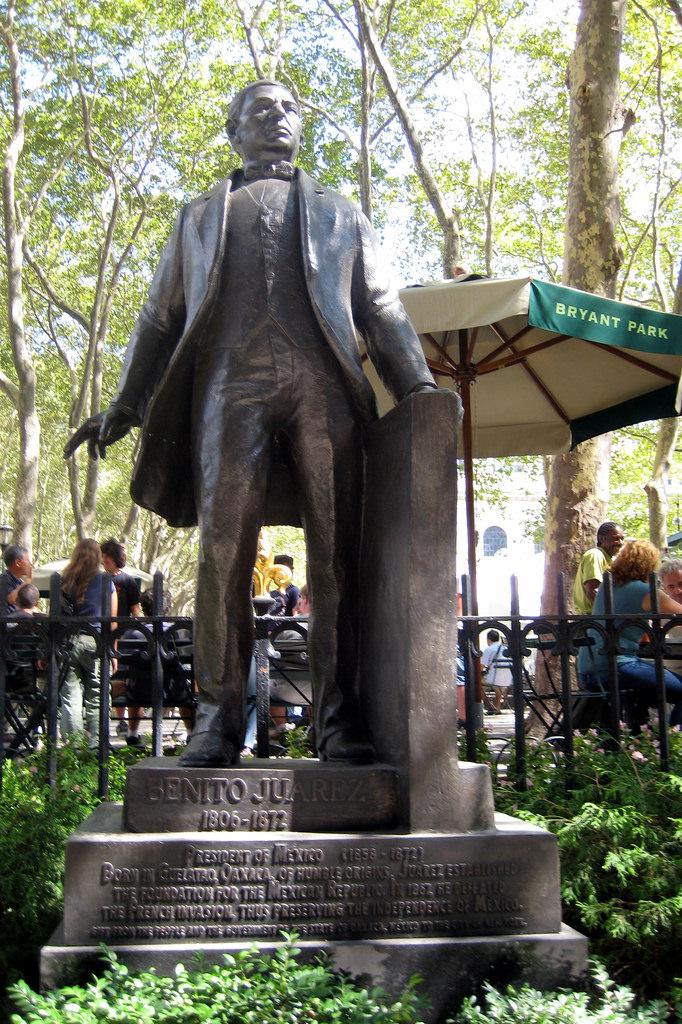 Estatua de Benito Juarez en Nueva York