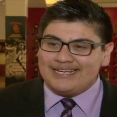 Estudiará en Harvard y es un orgullo para su familia.