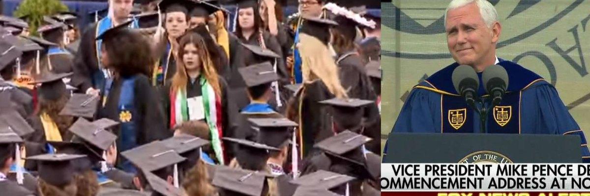 #PaQueSeEduque: Recién graduados abandonan discurso de Mike Pence