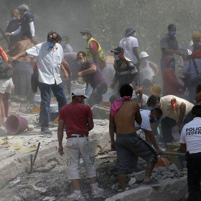 #FuerzaMéxico: Exactamente 32 años después, un terremoto vuelve a poner a prueba a los mexicanos