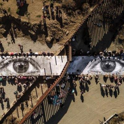 #Fiestón: Mexicanos y estadounidenses arman gigantesco picnic en la frontera
