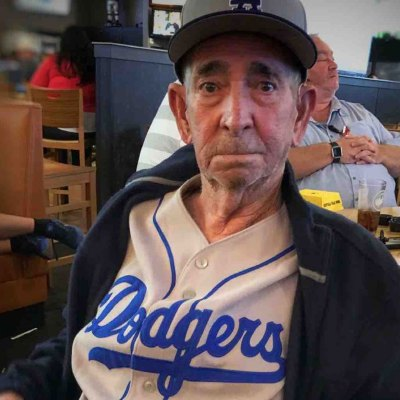 #Coperacha: Se unen para cumplir el sueño de un abuelito mexicano de ver a los Dodgers en la Serie Mundial