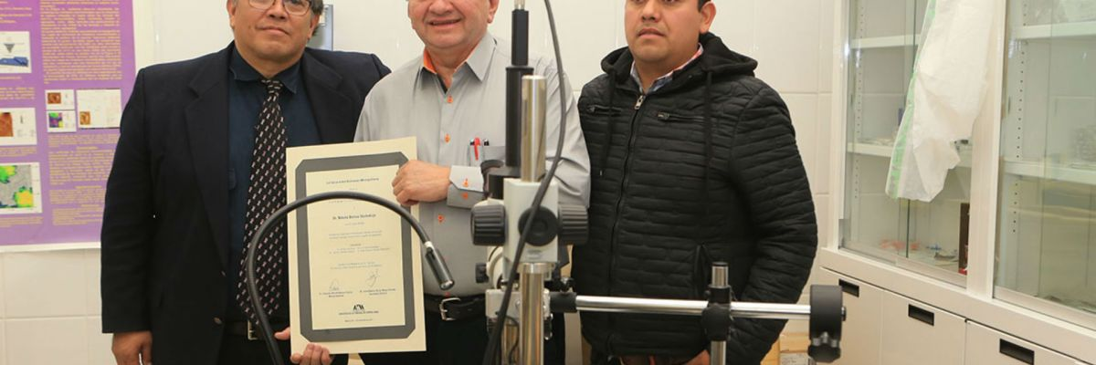 Científicos mexicanos usan oro para vencer al cáncer