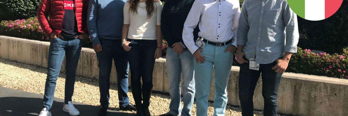 #Fregones: Estudiantes mexicanos ganan premio en Francia por una app médica