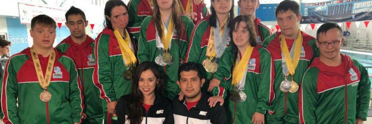 Delegación Mexicana con Síndrome de Down se cuelga 23 medallas en el Mundial de Natación