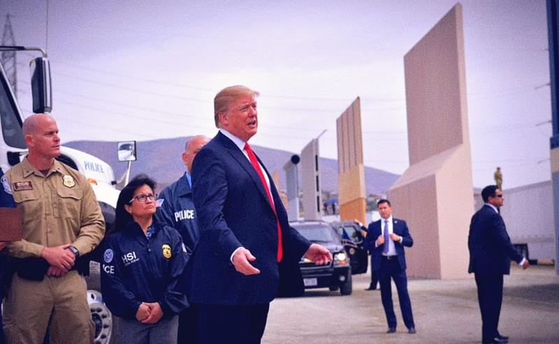 Opinión   Un muro de mentiras