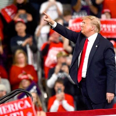 """Trump asegura que gracias a él no hay """"millones"""" de muertos por Covid-19 en EU"""