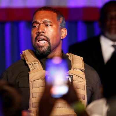 Kanye West está feliz de votar por sí mismo para presidente de los EU