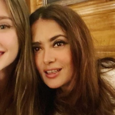 Ella es Mathilde, la hijastra de Salma Hayek