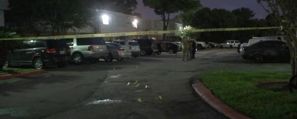 Mujer embarazada muere en tiroteo, pero logran salvar a su bebé
