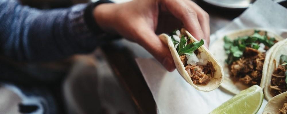 Empresa busca a experto en comer tacos; ofrecen 100 mil dólares