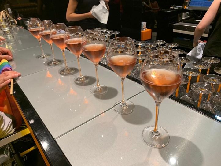 CSD HH 2019 mit ESC kompakt Dancefloor Veuve Clicquot Rose im Alsterhaus