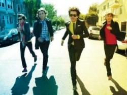 Phoenix - Bankrupt! - Entertainment