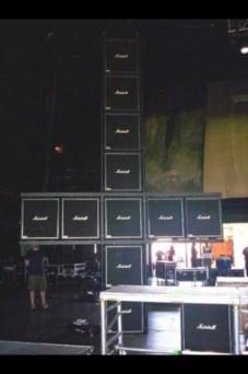 FIGURA 186 - Set de um concerto da banda norte-americana de trash metal Slayer