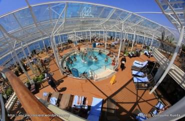 Allure of the Seas - Pool and Sports zone - Solarium