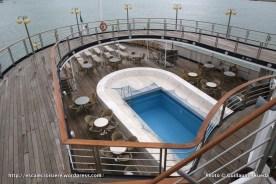 Azores - ponts et piscine