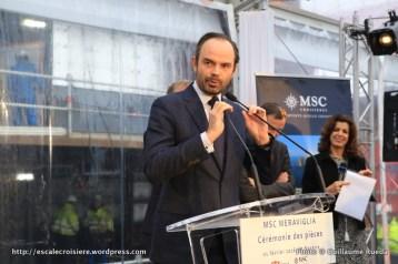 2016-02-01 MSC Meraviglia - Saint Nazaire - pièce et signature de contrat - Edouard Philippe, Maire du Havre, Député de la Seine‐Maritime - Edouard Philippe