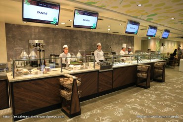 Harmony of the Seas - Park Café