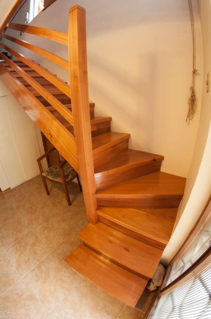 Galería escaleras L « Escaleras de madera, barandas y