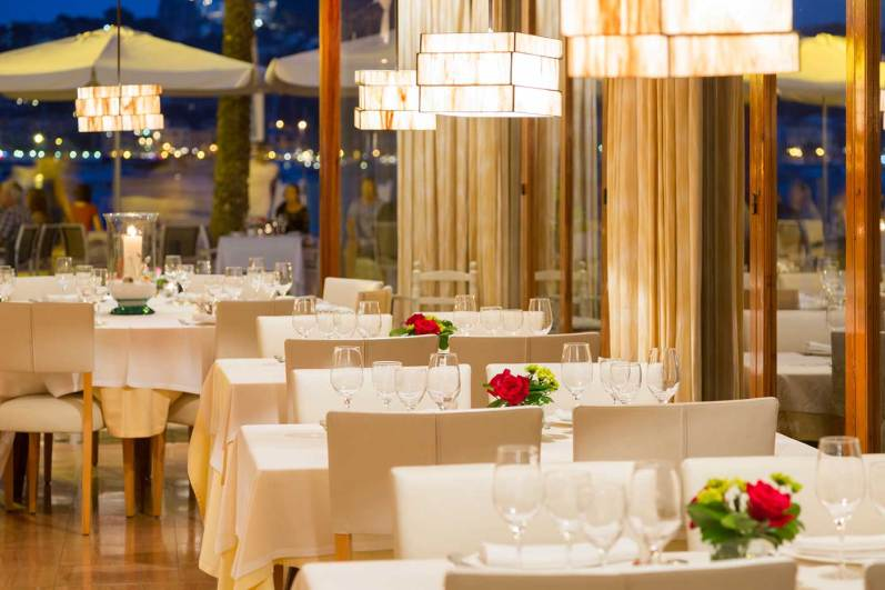 sala interior restaurant es canyis puerto soller