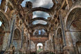 iglesia de belchite en zaragoza