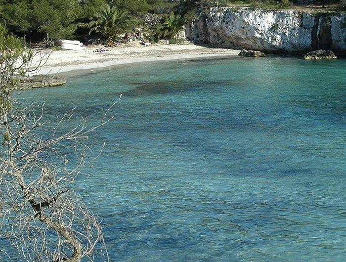 Cala Turqueta y cala Macarella: vistas al mar azul de Menorca