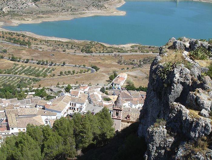 Embalse de Zahara – El Gastor: senderismo y relax en Cádiz