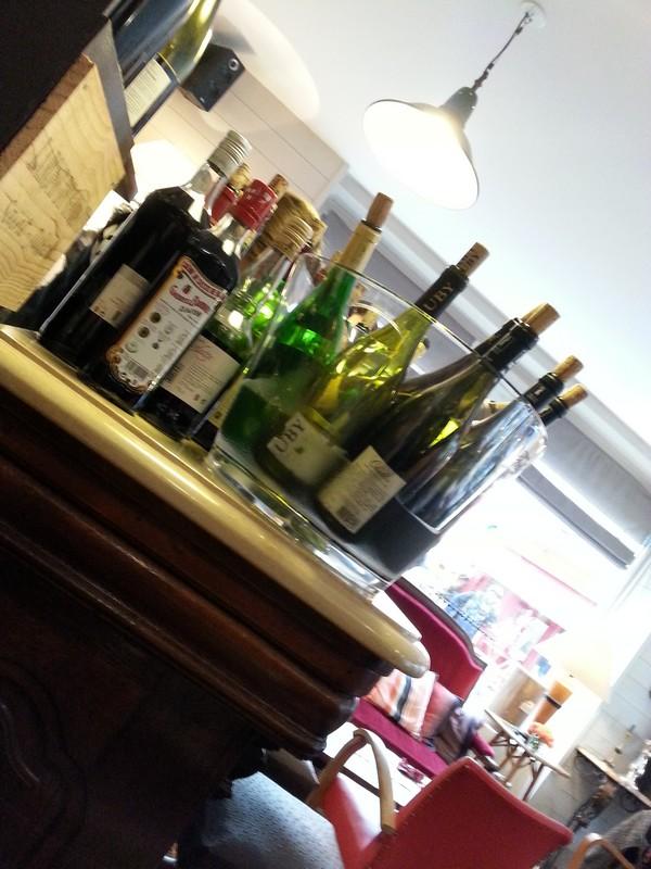 Les étiquettes, bar à vins à Trouville-sur-mer