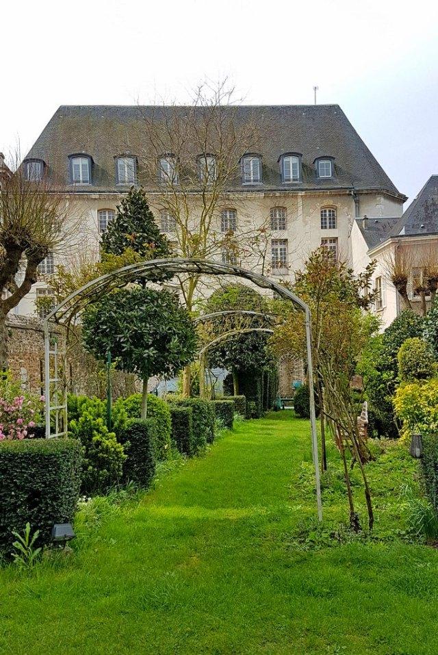 Chartres Maison ailleurs chambre l'Evéché escapades amoureuses