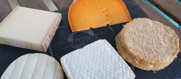 camembert affiné au calvados gourmandises de nos régions EnFranceaussi