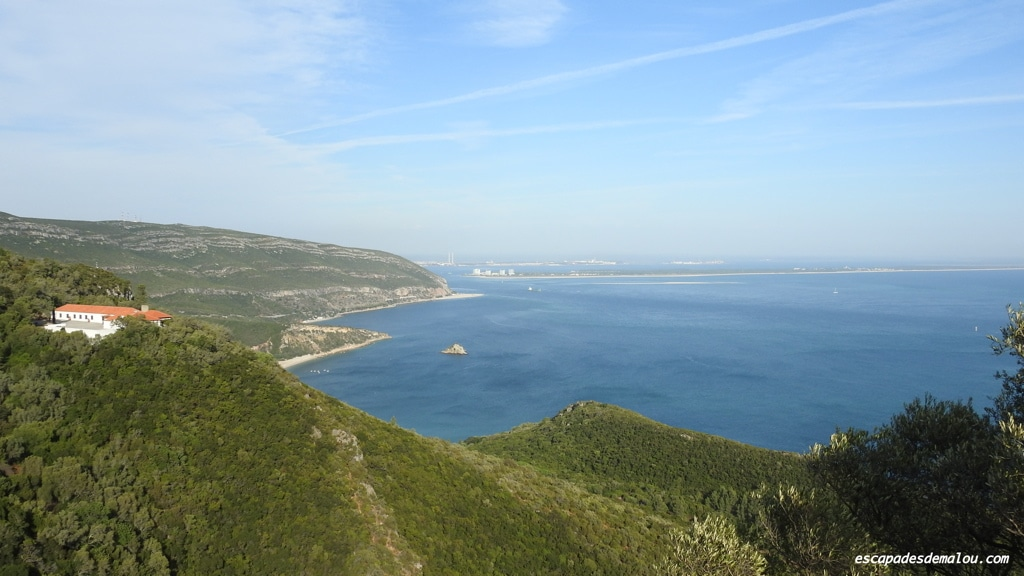 https://escapadesdemalou.com/2017/05/parc-naturel-de-la-serra-da-arrabida/