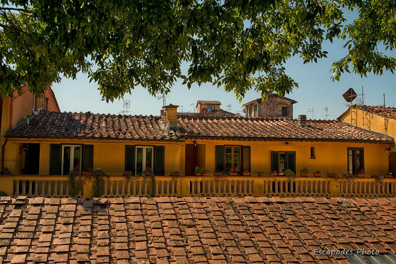 Les toitures de Lucques, une touche d'Italie
