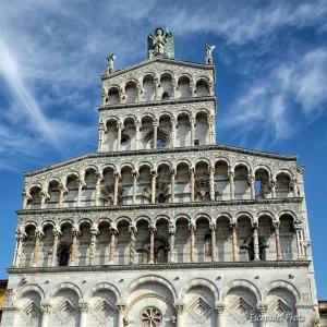 San Michele in Foro, les facettes de l'art roman à Lucques