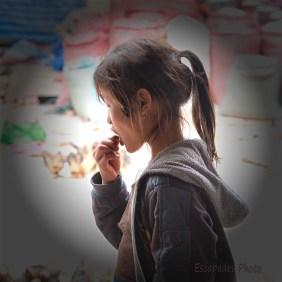 Profil jeune femme - Marché de Luang Namtha