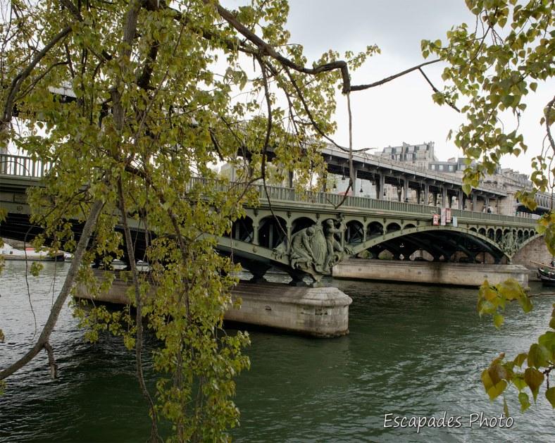 Paris - le pont Bir-Hakeim