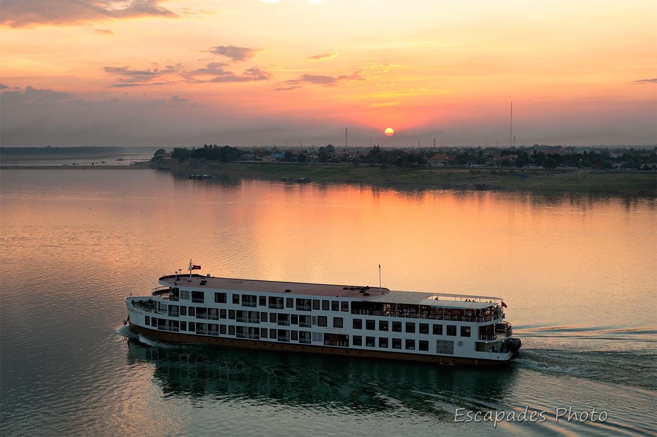 Mékong à Kampong Cham et le pont Kizuna