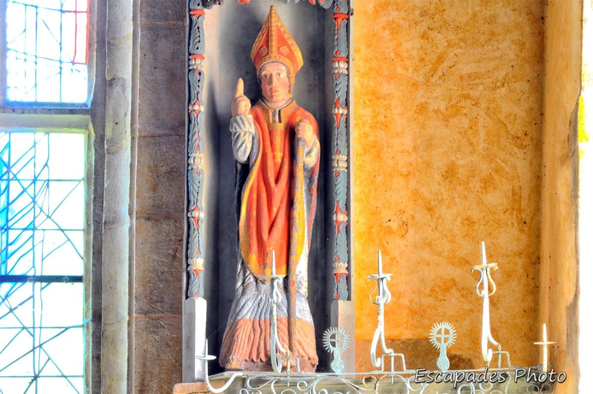 Saint-Nicolas statue éponyme à Priziac