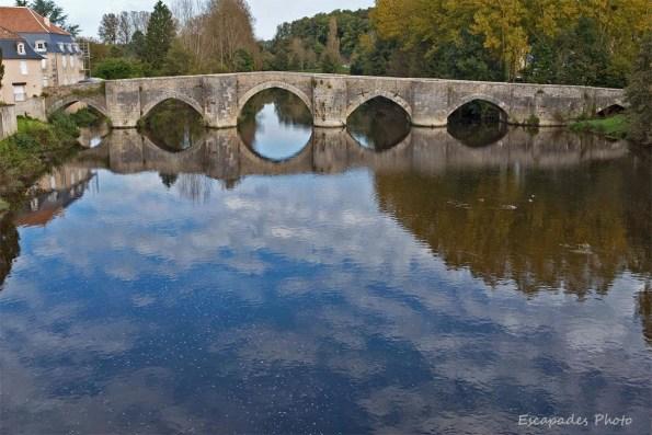 Le vieux pont de Saint-Savin-sur-Gartempe