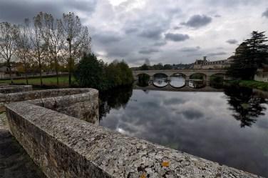 Saint-Savin-sur-Gartempe - Pont neuf vu du Pont Vieux