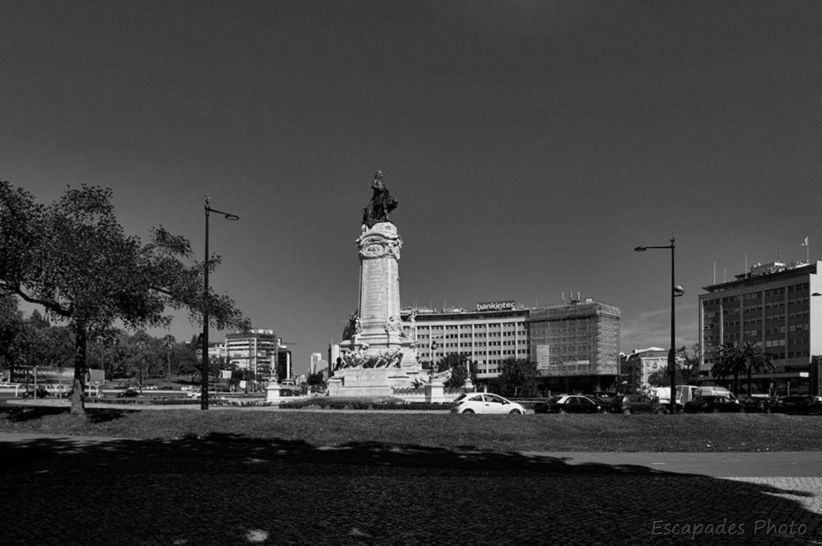Place du Marquis de Pombal photo en noir et blanc