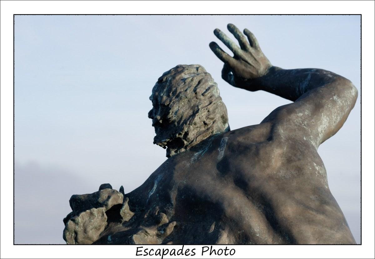 Monument des naufragés à Kerity Penmarc'h