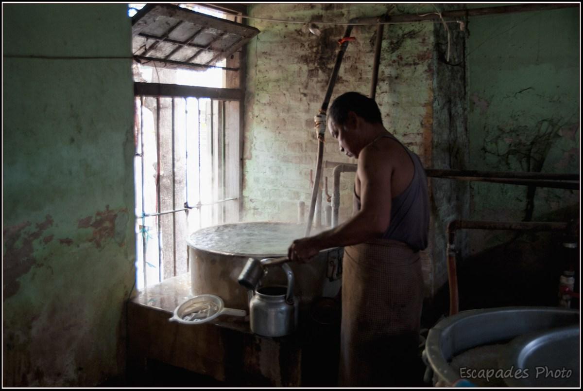 Amarapura Mahagandayon - préparation du thé