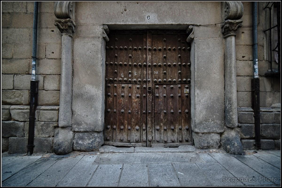 Patrimoine architectural de Ségovie : Une vieille porte