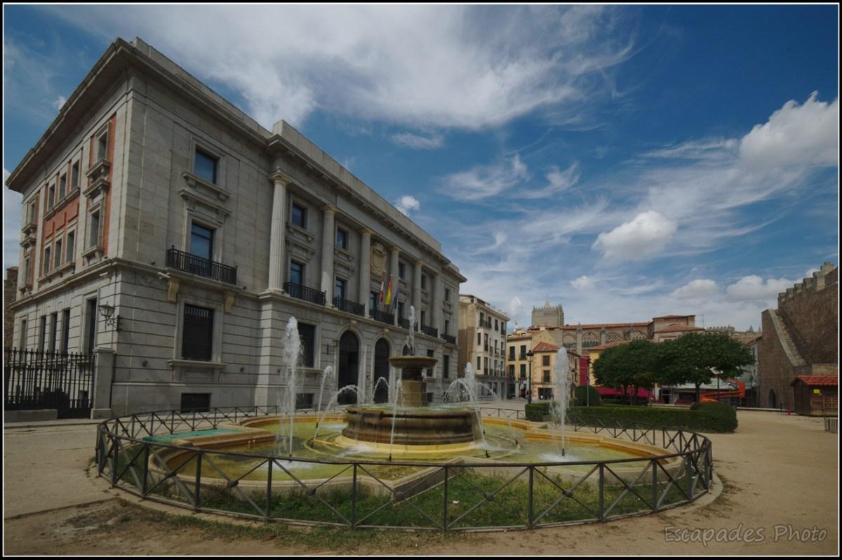 Fontaine Plaza de Adolfo Suárez