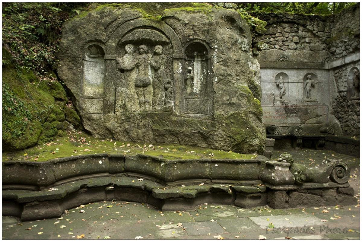 Bas-relief des Trois Grâces