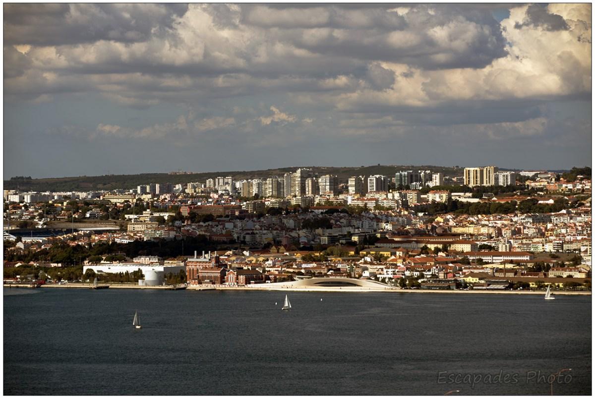 Le Tage et Lisbonne vu depuis Almada